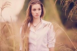 portrait-1134598__180