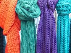 scarves-96684__180