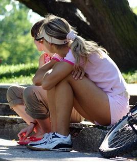 Sportování a aktivita ti ve shazování kil pomůže.