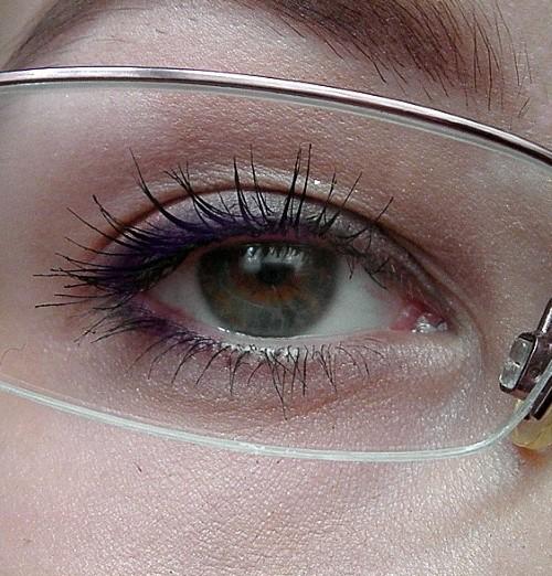 líčení očí s brýlemi