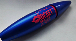 řasenka maybelline volum express rocket