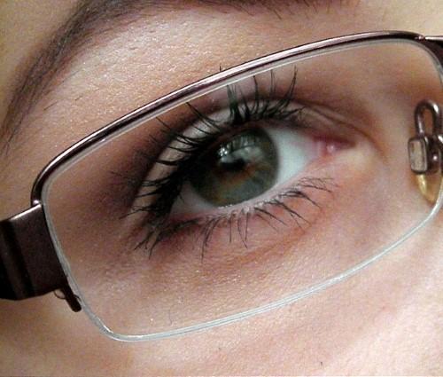 líčení pod dioptrické brýle
